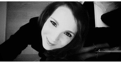 Monika Donatone - Un cuore fatto di mani