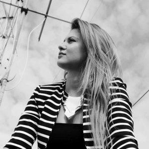 Paola Dentamaro Pola - La vita in uno sguardo