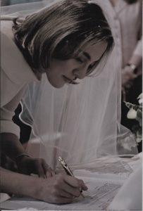 """In foto: Martina Castellarin (apparsa nel libro """"Il giudizio"""")"""